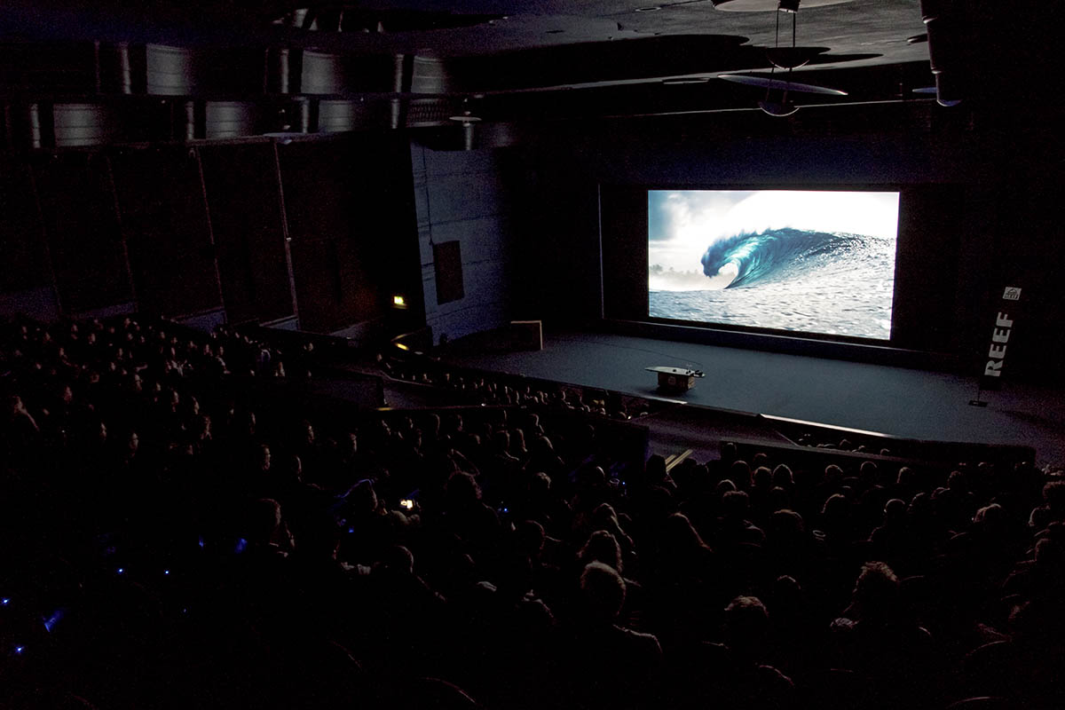 London Surf / Film Festival Full house