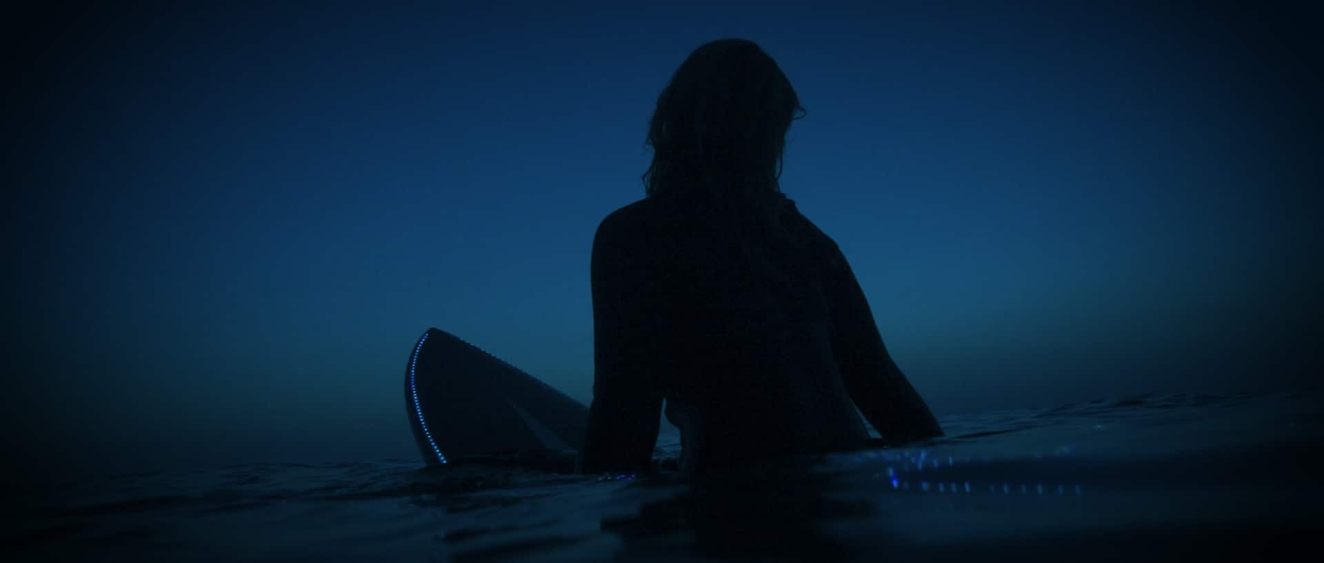The Shorties entry: Night Rose / Film by Harry Anscombe. Rose is an old lady. One afternoon, home alone as usual, Rose has a surf vision revealing a passion