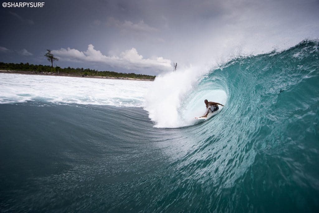 Slater, Indo SharpyLondon Surf Film Festival UK Premiere Momentum Generation Kelly Slater, Rob Machado, Taylor Steele