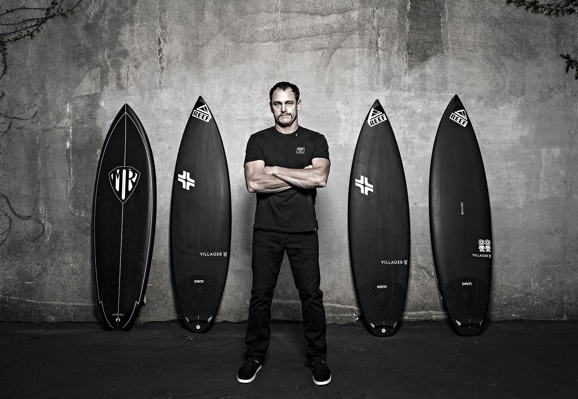 Taylor Knox Black is a colour world premiere